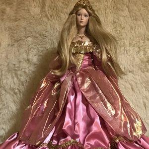 Cinderella Porcelain 16'in Franklin Heirloom Doll
